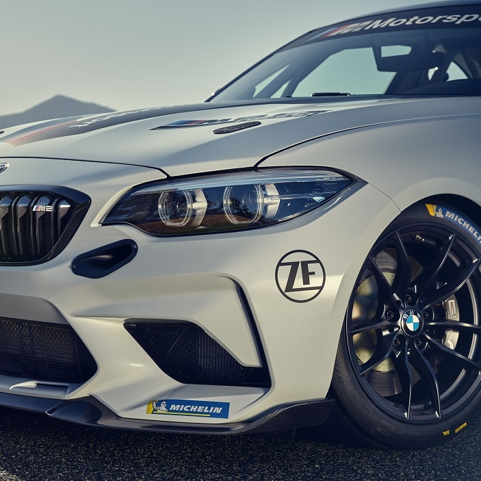 Новый BMW M2 CS Racing